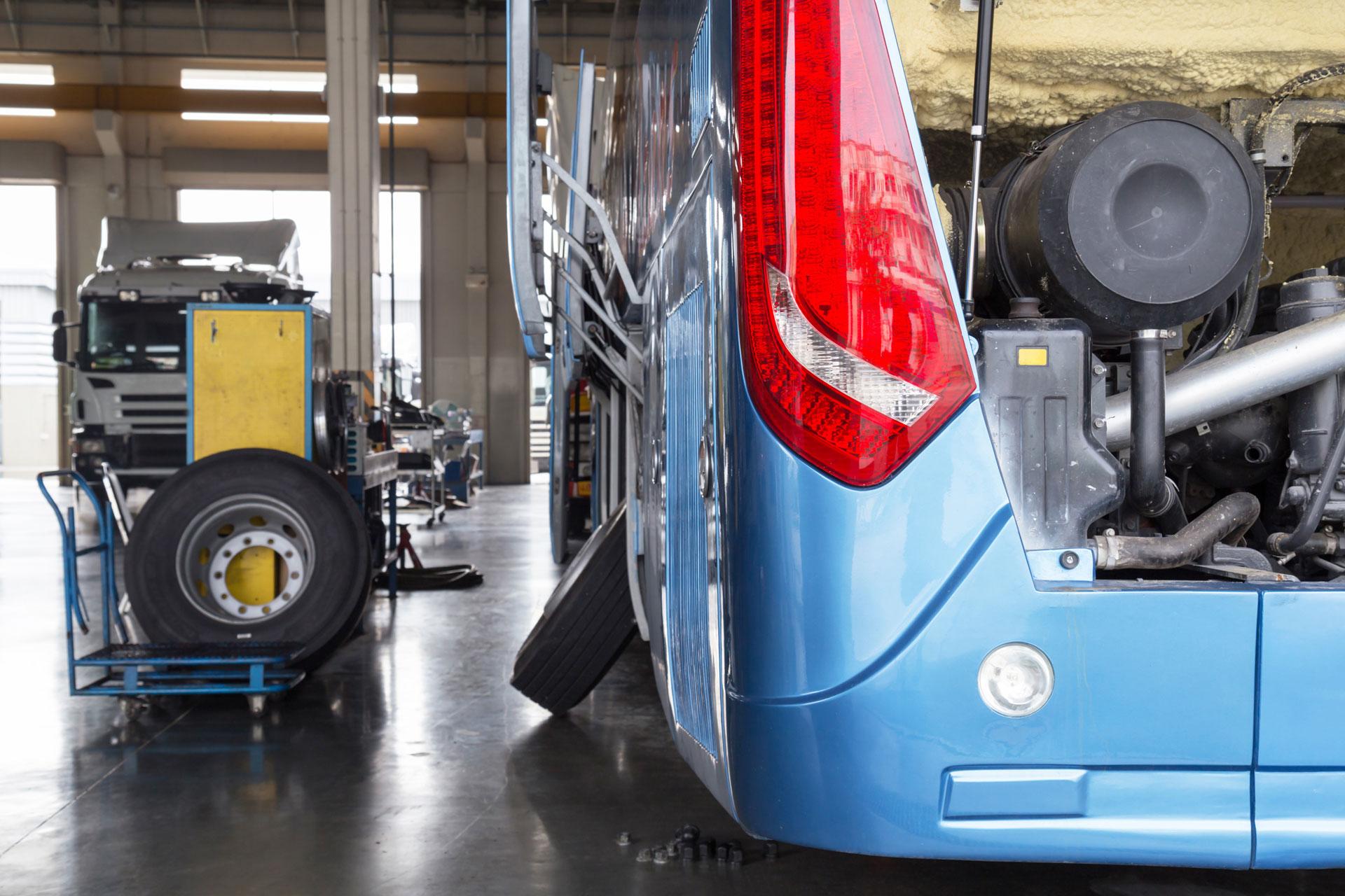 bedrijfswagengroep, bus service, onderhoud, reparatie, apk, tachograafservice, bus, banden, bedrijfswagen